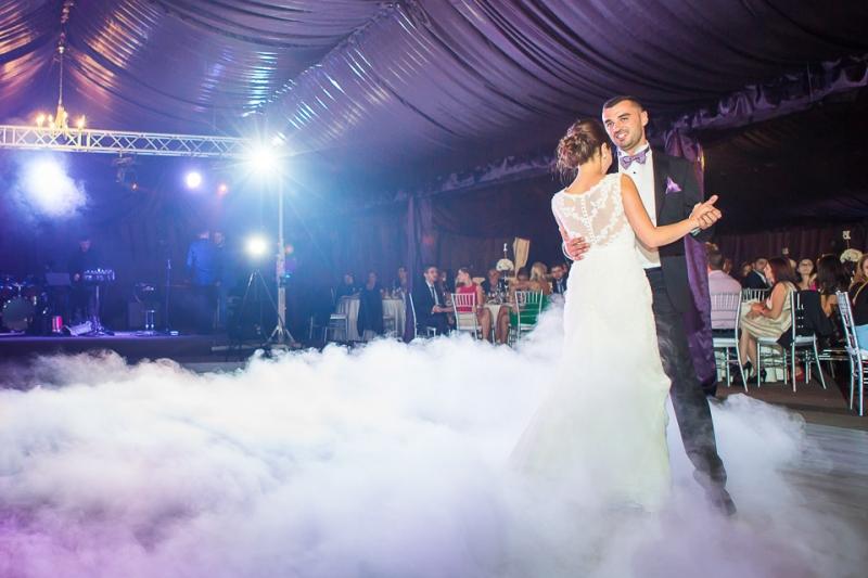Corturi pentru nunti
